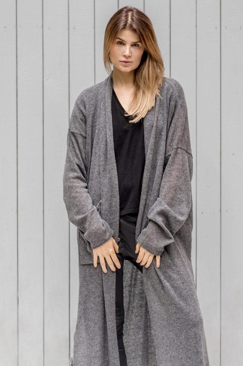 Długi wełniany sweter Kopenhaga Gray z wełny widok przód zbliżenie