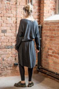 delcane-sukienka-amsterdam-wool-tyl pasek 1
