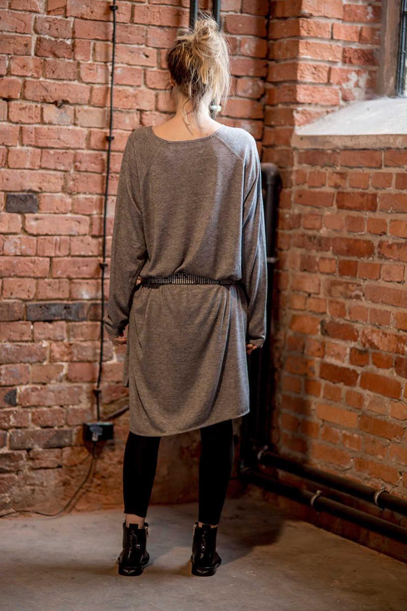 delcane-oversize-szara-sukienka-amsterdam-gray-tył