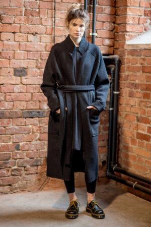 płaszcz-wełniany-delcane-amstrdam-black-_-przod z paskiem