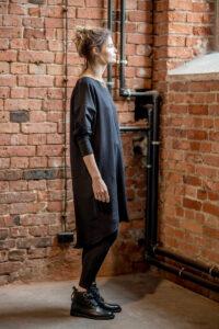 sukienka-czarna-amsterdam-prawy bok