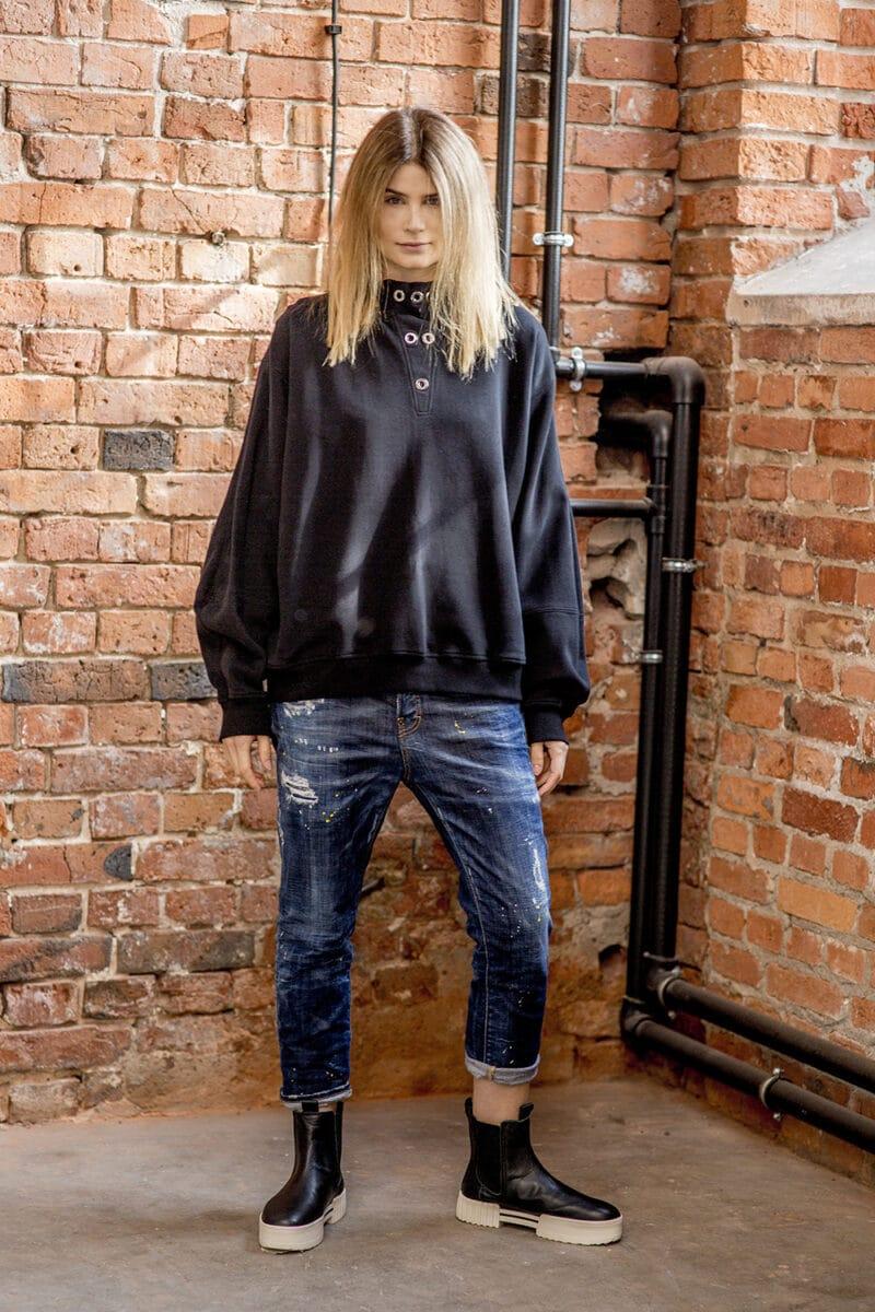 czarna-bluza-amsterdam-black-delcane-przod
