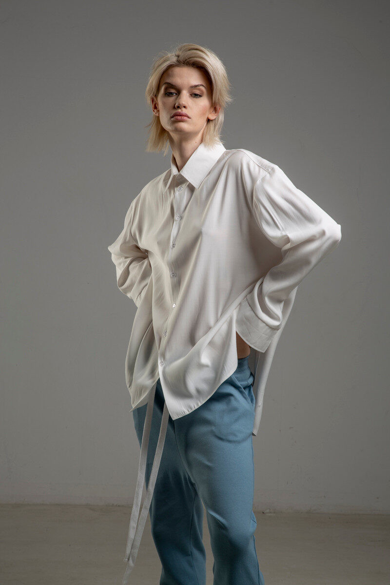 biala koszula delcane z cupro TOKYO white bok 2m