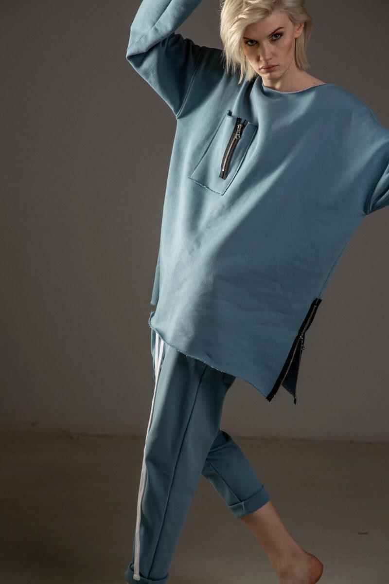bluza delcane przez glowe oversize niebieska TOKYO blue przod 7m