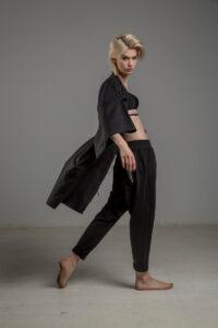 czarne spodnie z obnizonym krokiem delcane TOKYO black prawy bok 4m