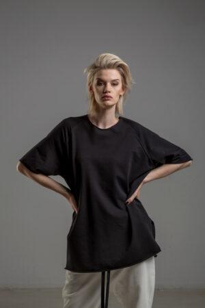 czarny tshirt delcane reglan Tokyo black przod 2m