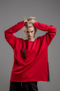 czerwona bluza delcane oversize cotton TOKYO red przod 1m
