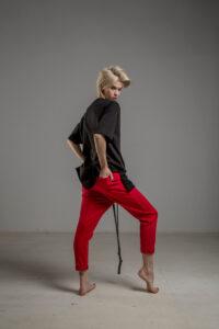 czerwone spodnie cotton delcane tokyo red tyl 1