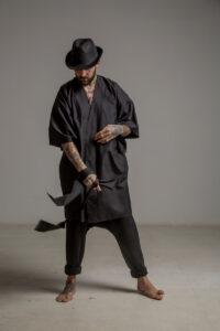 delcane kimono jedwabne TOKYO black him przod 2m