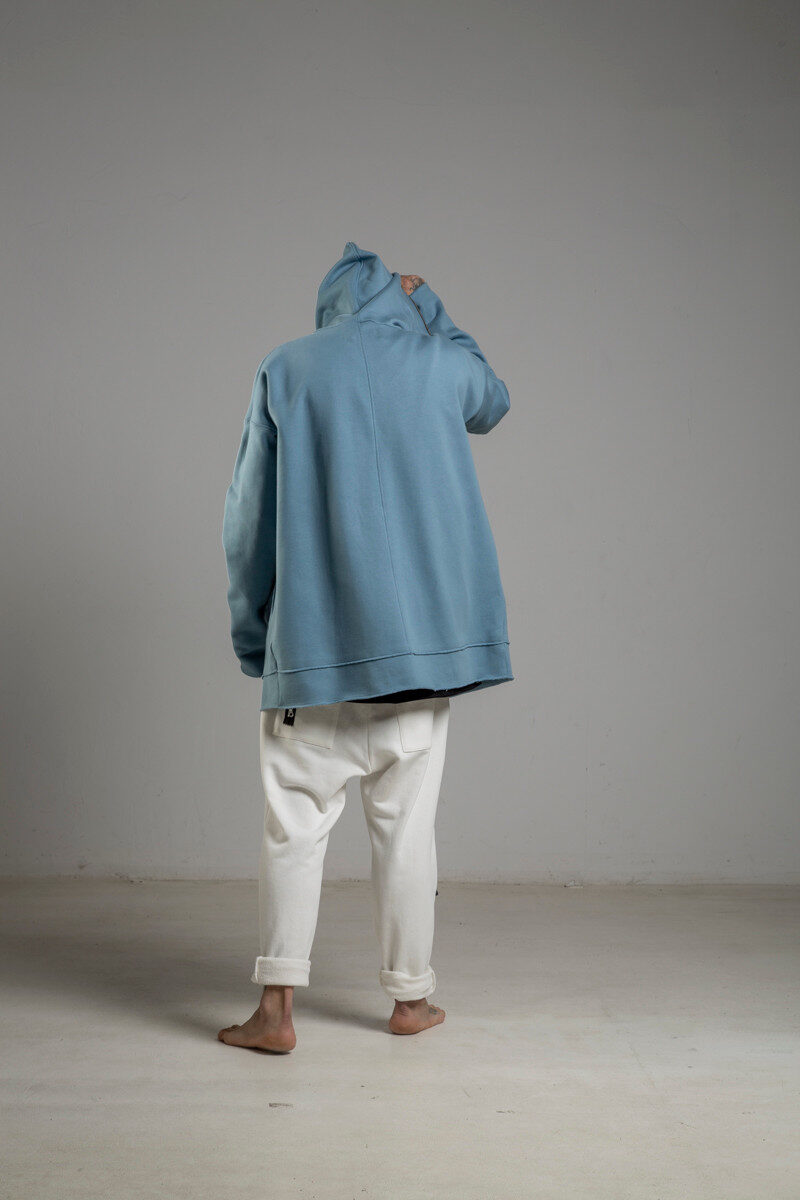 delcane niebieska bluza z kapturem TOKYO blue man tyl 2m
