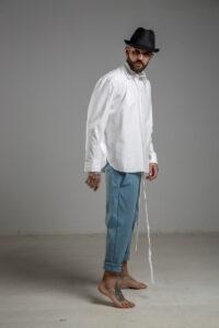delcane spodnie niebieskie obnizony krok bok prawy m