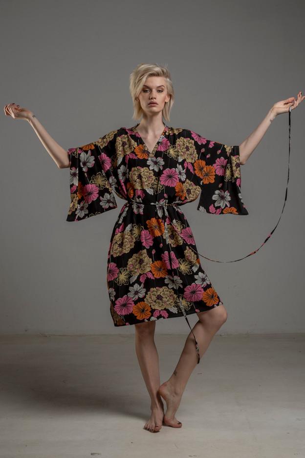 delcane sukienka z wiskozy kwiaty TOKYO przod 4m