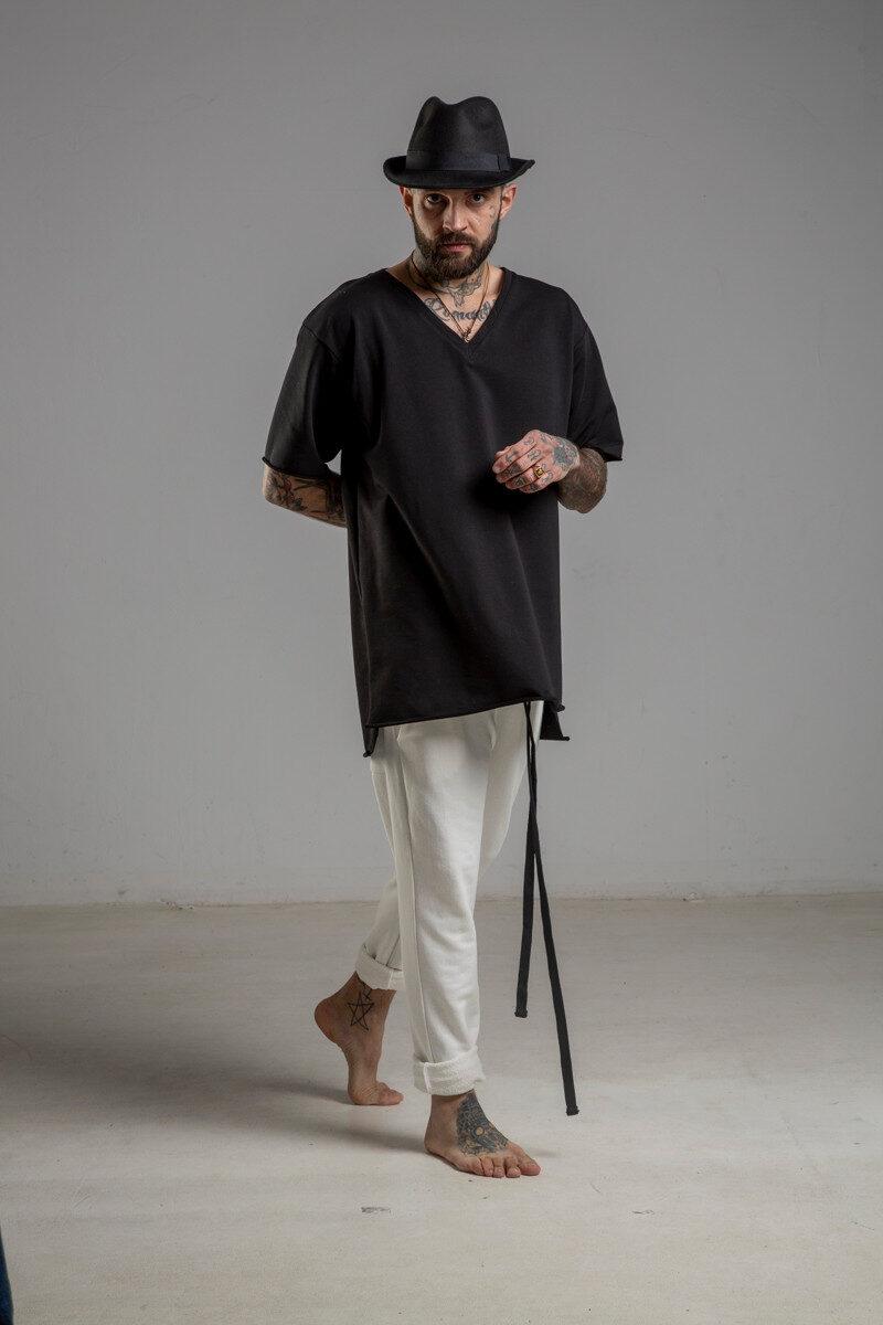 delcane tshirt czarny w serek TOKYO black II men przod 1m