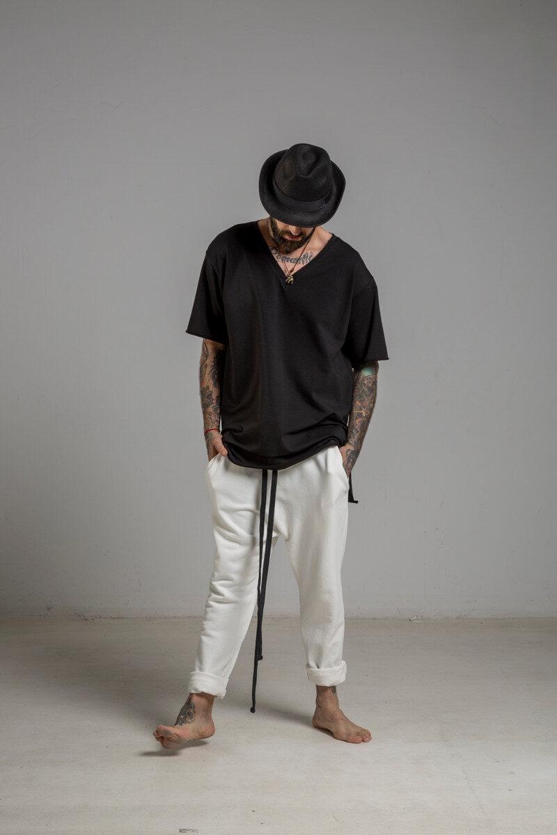 delcane tshirt czarny w serek TOKYO black II men przod 4m