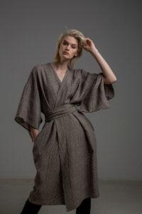 kimono lniane delCace bez Tokyo przod 2m